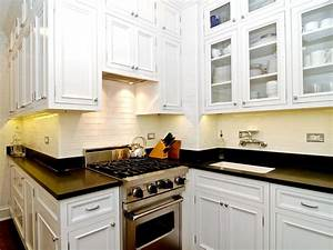 Small kitchen design smart layouts storage photos for Photos of small kitchen remodels