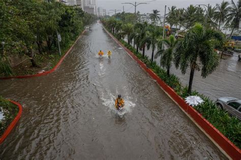 Typhoon Vamco floods large areas of Philippines, including ...
