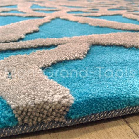 tapis de salon bleu turquoise et orange