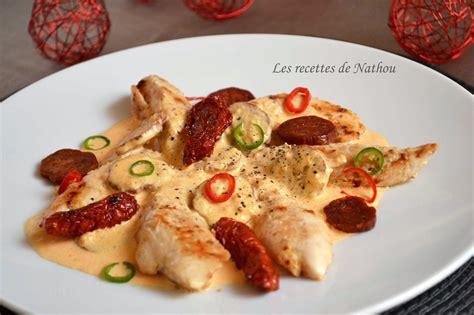 cuisiner le poulet en sauce aiguillettes de poulet sauce crémeuse au chorizo par ma