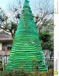 Weihnachtsbaum Wasser Geben : best 28 christmas tree made of empty empty can christmas tree fun pibico christmas tree ~ Bigdaddyawards.com Haus und Dekorationen
