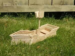 Schiff Basteln Holz : schiffe basteln mit kindern 17 kreative und sommerliche bastelideen ~ Frokenaadalensverden.com Haus und Dekorationen