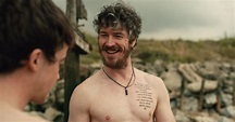 Shirtless Men On The Blog: Barry Ward Mostra Il Sedere
