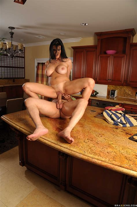Horny Woman Is Fucking In The Kitchen Photos Shay Sights