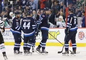 winnipeg jets tough battle   playoff wild card