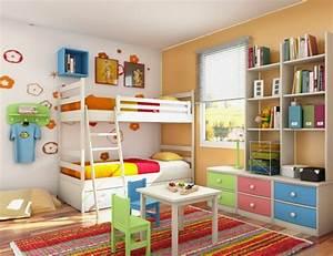 Kinderzimmer Einrichten Tipps : das kinderzimmer interior mit leuchtenden farben erfrischen ~ Sanjose-hotels-ca.com Haus und Dekorationen