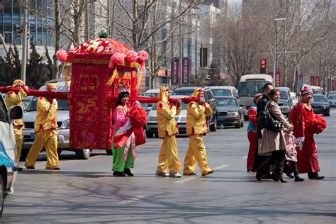 family adventures  school chinese wedding