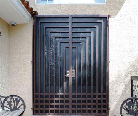 model desain pintu besi minimalis modern lipat geser