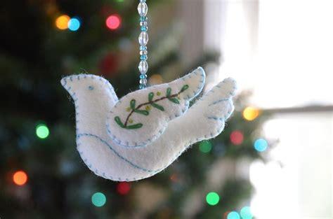 felt peace dove ornament  betz white sewing pattern
