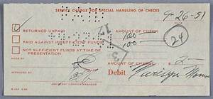 Annuler Un Cheque De Banque : marylin monroe un re u de la banque sign par marilyn monroe dat du 9 26 51 26 septembre 1951 ~ Medecine-chirurgie-esthetiques.com Avis de Voitures