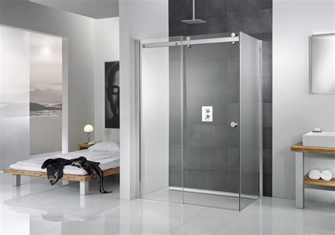 hotel avec bain a remous dans la chambre aménager une salle de bains dans la chambre travaux com