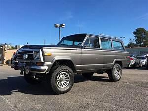 Jeep Grand Wagoneer : 1989 jeep grand wagoneer gaa classic cars ~ Medecine-chirurgie-esthetiques.com Avis de Voitures