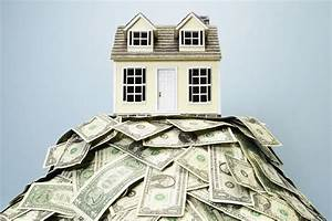 Should You Pay Cash Or Get A Mortgage When Buying A Home