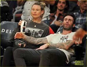 Adam Levine & Pregnant Behati Prinsloo Enjoy a Courtside ...