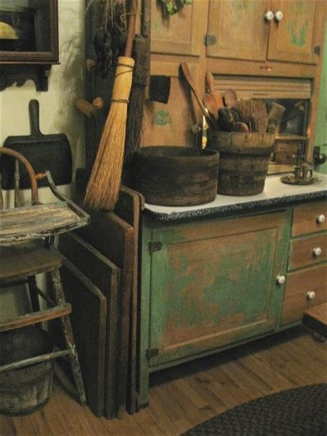 primitive painted kitchen cabinets 299 best images about sellers hoosier cabinets on 4416