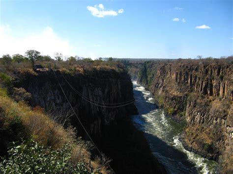 Cataratas Vitória, Zimbabwe | Cataratas de Vitória do lado ...