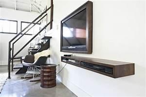 Meuble Tele Suspendu : meuble t l suspendu moderne pour un salon minimaliste ~ Teatrodelosmanantiales.com Idées de Décoration