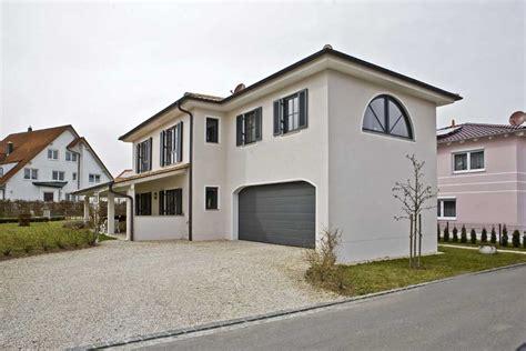 Fensterlaeden Praktische Zierde Fuers Haus by Referenzen Bauunternehmen Mayerle