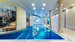 Luxury swimming pool in house design