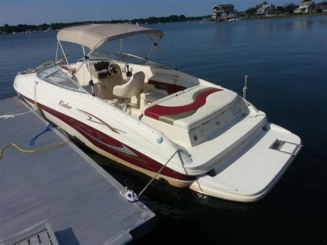 Rinker Boat Seats For Sale by 2001 Rinker Captiva Powerboat For Sale In Connecticut