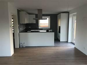 Laminat In Der Küche : die auswahl des richtigen fu boden und der fu leisten boden ~ Sanjose-hotels-ca.com Haus und Dekorationen