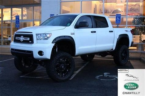 toyota tacoma jacked up jacked up toyota pictures to pin on pinterest pinsdaddy