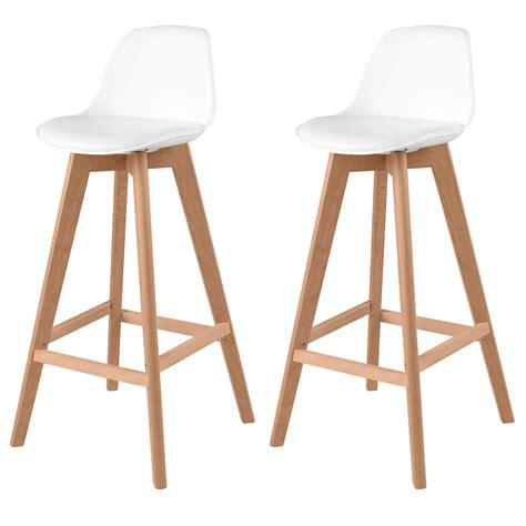 chaise de bar blanche chaise de bar skandi blanche lot de 2 adoptez un lot de 2 chaises de bar skandi blanches
