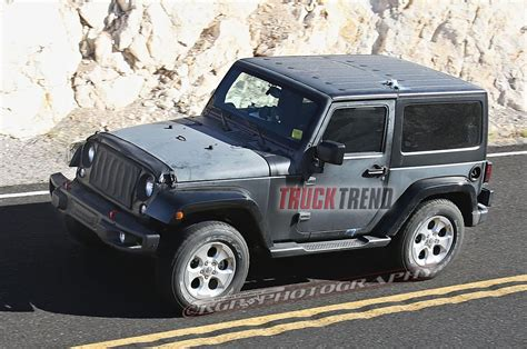 jeep truck 2018 2018 wrangler spied hints at upcoming jeep pickup