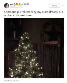 how early can you put up christmas decorations