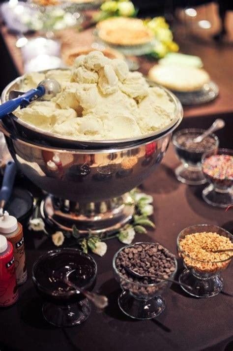 cool ways  serve ice cream   wedding wedding