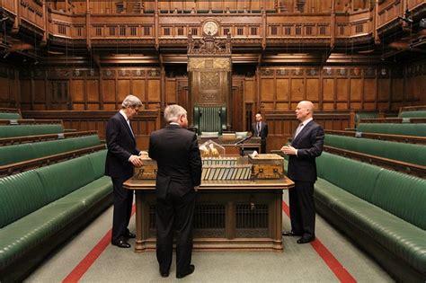 chambre des communes londres assister aux débats parlementaires au palais de westminster