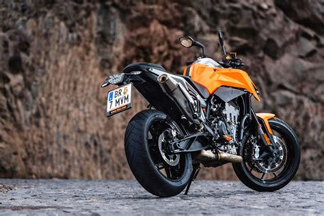 ktm 790 duke ktm 790 duke 2018 on review speed specs prices mcn