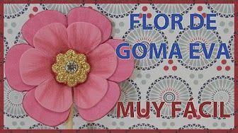 FLORES TRIPLES CON PISTILOS DE FOAMY O GOMA EVA HECHAS CON