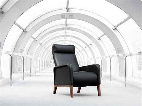 Poltrona Reclinabile Design : Poltrona Reclinabile Con Poggiapiedi Stuart By Wittmann