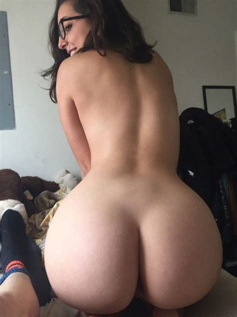 bubble butt and glasses fuck yeah curvy girls