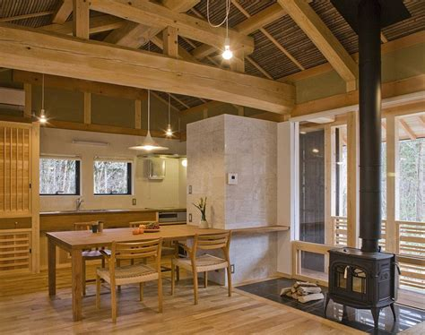 A New Small House Built In Traditional Japanese Style. It