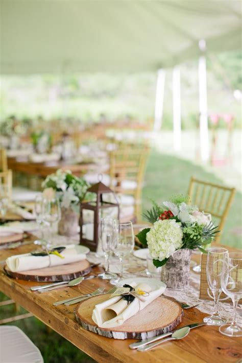 rustic table decorations 662 best images about rustic wedding table decorations on pinterest long wedding tables