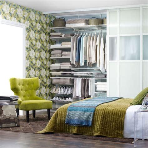 chambre a coucher en coin aménagement chambre utilisation optimale de l espace
