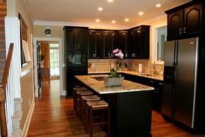kitchen backsplash ideas with dark cabinets 763