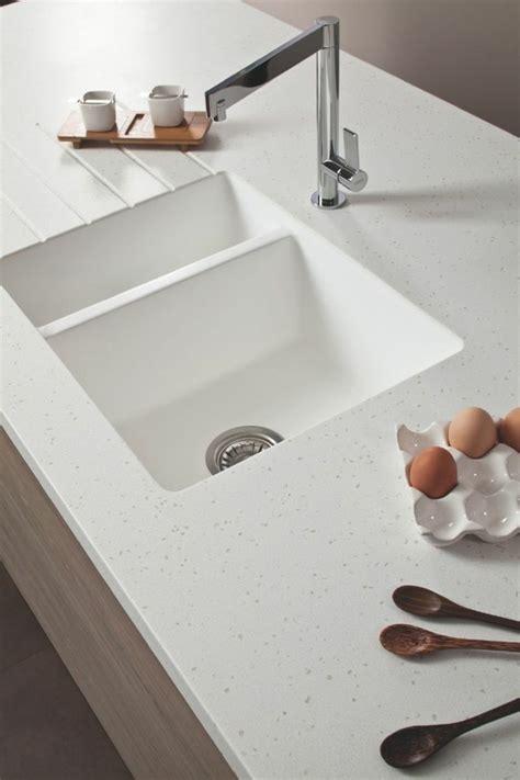 resine plan de travail cuisine plan de travail résine pour une cuisine moderne