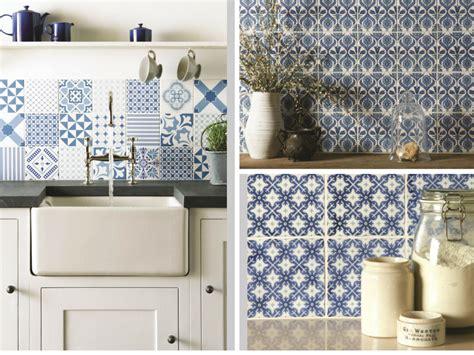 駘駑ents muraux cuisine le carrelage de cuisine s 39 adaptent à tous les styles travaux com