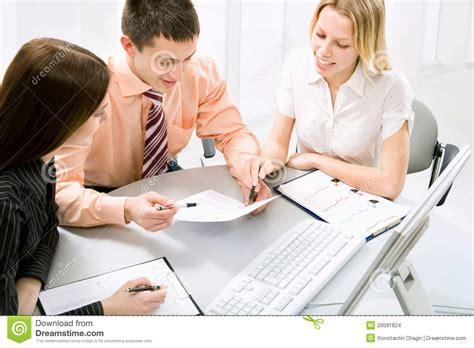 travail au bureau travail au bureau images stock image 20081824