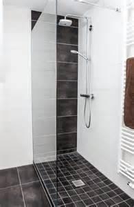 fliesen mosaik dusche badezimmer fliesen mosaik dusche fesselnde on moderne deko idee auch kreise hellblau blumen