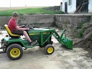 Mini Traktor Mit Frontlader : rasenm hertraktor laubh ckseln doovi ~ Kayakingforconservation.com Haus und Dekorationen