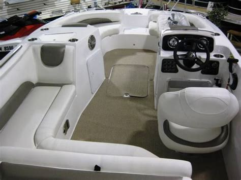 Deck Boat Seats For Sale by 1000 Ideas About Hurricane Deck Boat On Kayak