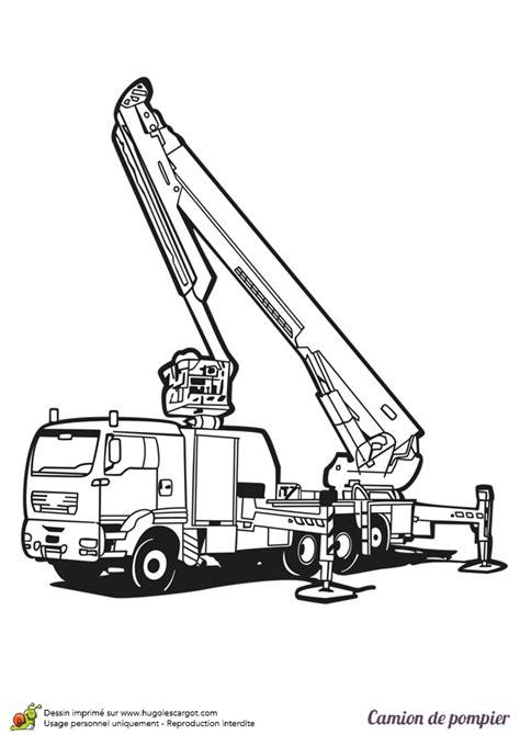 jeu de cuisine gratuit dessin à colorier d une grue de pompier hugolescargot com