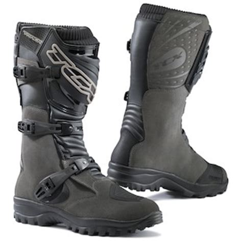 best motorcycle track boots best adventure dual sport motorcycle boots 2016 buying