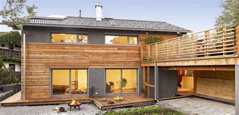 Fassadengestaltung Einfamilienhaus Grau Orange