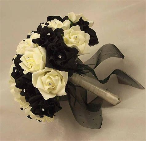 Black And White Rose Bouquet Big Day Pinterest