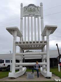 gulfport mississippi worlds largest rocking chair